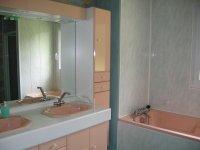 parquet salle de bain | parquet pour salle de bain | parquet flottant salle de bain | parquet teck salle de bain